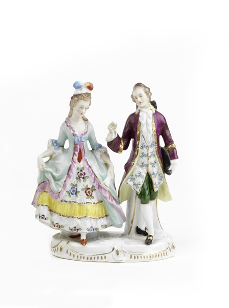 Statuetta in porcellana policroma  (fine XIX secolo.)  - Auction N.191  - I, TIME AUCTION - SILVERWARES, PORCELAINS AND FORNITURES - Casa d'aste Farsettiarte